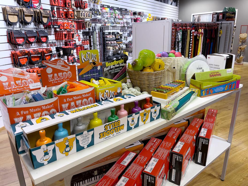 4Sound Gjøvik har et bredt kazoo-sortiment. Foto: Stian Sønsteng