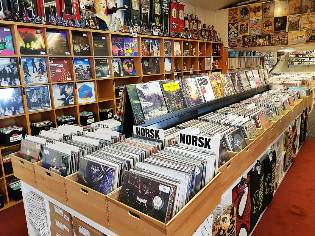 Drammen Hvitevarer har et stort utvalg av grammofonplater. Foto: Jan Røsholm